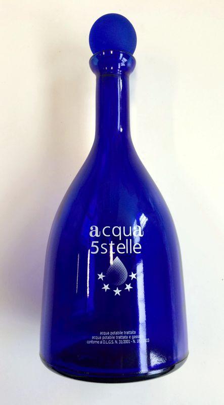bottiglia in vetro blu clogo con tappo a sfera 075 lt